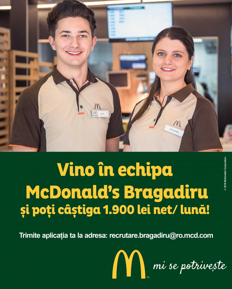 Eşti o persoană energică, dornică să accepte noi provocări și care vrea să lucreze alături de o echipă dinamică? Eşti încă student şi doreşti să acumulezi experienţă profesională? Aplică pentru poziţia de Crew și hai să-i cunoști pe toți colegii cărora jobul la McDonald's li se potrivește!  Te așteaptă numeroase beneficii: un program de lucru flexibil, pregătire profesională, dar şi oportunitatea de promovare într-un timp foarte scurt.  În calitate de lucrător Crew, te vei ocupa de activități variate, care includ toate zonele unui restaurant McDonald's: bucătăria, casa de marcat și sala de mese.  Astfel, ai şansa de a-ți dezvolta setul de abilități practice, dar și pe cele de comunicare, în urma interacțiunii cu clienții. McDonald's în RomâniaCei 5.000 de angajați ai McDonald's în România știu ce înseamnă puterea unui zâmbet.Echipa McDonald's e formată din oameni muncitori, ambițioși, pentru care interacțiunea cu alți oameni este o bucurie. În fiecare zi, angajații McDonald's întâmpină peste 200.000 de clienți.Ne dorim să aducem în echipa noastră colegi dornici să învețe și să crească în cadrul unei echipe puternice și ambițioase.McDonald's a deschis primul restaurant în România pe 16 iunie 1995, în Unirea Shopping Center din București. A fost primul pas în construirea unei povești de succes, care se dezvoltă în fiecare an.În 2016, McDonald's în România a devenit Premier Restaurants România, ca urmare a parteneriatului pentru dezvoltare încheiat cu Premier Capital, compania malteză care coordonează operațiunile McDonald's din șase țări europene: Estonia, Grecia, Letonia, Lituania, Malta și România.Astăzi, McDonald's are 74 de restaurante în 22 de orașe din România și este liderul pieței de restaurante cu servire rapidă. În același timp, lanțul McCafé, are în prezent 28 de cafenele în România și crește de la an la an.http://mcdonalds.ro