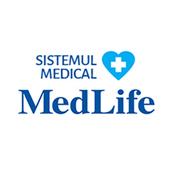 MedLife angajeaza Asistenti Generalisti pentru Spitalele proprii. Oferim oportunitati de angajare cu norma intreaga (full-time) pe perioada nedeterminata.  Cateva dintre atributiile actualilor nostri colegi:  respecta regulile legate de circuit si echipamente; asista echipa de medici; efectueaza proceduri medicale si tratamente la recomandarea medicului; participa la educatia medicala a pacientului; monitorizeaza funcțiile vitale.  Vrem ca viitorul nostru coleg sa detina:  ALP si acte de munca valabile; experienta de lucru relevanta pentru postul pentru care alica; atitudine proactiva, pozitiva, profesionala; capacitate de organizare si planificare a timpului si a sarcinilor incredintate.   In echipele noastre, toti colegii beneficiaza de:   un loc de munca stabil intr-o companie de top, lider al pietei private de servicii medicale; abonament de servicii medicale pentru ei și familie; posibilitatea reala de a acumula experienta si de a promova in interiorul companiei.  MedLife este cel mai mare furnizor de servicii private de sănătate din România. Compania operează cea mai extinsă reţea de clinici, una din marile reţele de laboratoare medicale, spitale generale şi specializate şi are cea mai mare baza de clienţi pentru Pachete de Prevenţie în Sănătate din ţară. Este, de asemenea, din punct de vedere al vânzărilor, una dintre marile companii private de sănătate din Europa Centrală și de Est.Acțiunile emise de MedLife SA sunt admise la tranzacționare pe piața reglementată la vedere administrată de Bursa de Valori București, Categoria Premium, având simbolul de tranzacționare ″M″.Grupul MedLife are un istoric de succes în ceea ce privește atât creșterea organică, cât și creșterea prin achiziții. Începând cu 2009 a deschis sau a achiziționat 83 de unități medicale. Echipa sa puternică si experimentată de management a fost capabilă să creeze si să gestioneze aceste oportunități de creștere, dobândind cunoștințe și experiență valoroase, care să îi permită găsirea celei ma
